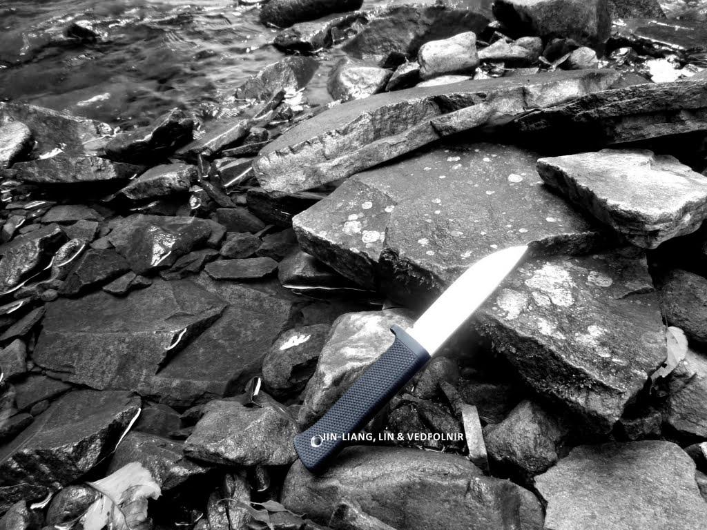 淡水野溪、獵刀與髒靴子